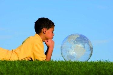 criança-mundo-pnl-sandra-ruiz-psicoterapia-hipnose